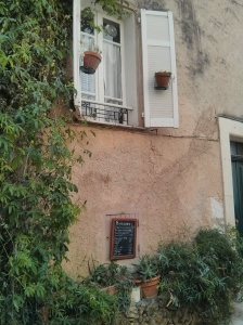 window in Valbonne