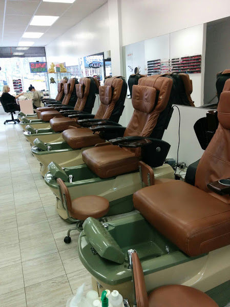 Profession Nail and Spa, 2221 Queen Street East, Toronto