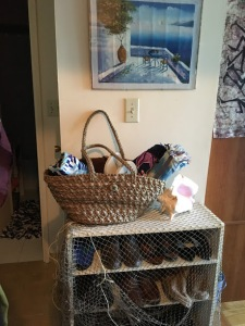 Beachy shoe rack